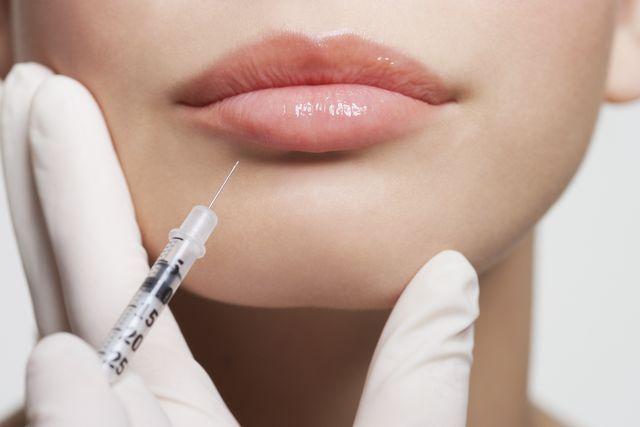 تزریق ژل و واکسن کرونا